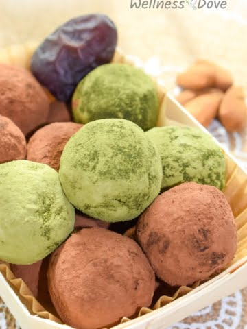 Super simple and tasty vegan recipe. These creamy avocado and dates balls combine perfectly with the cocoa powder to create a real truffle taste with whole plant food ingredients. These truffle balls taste like an exquisite dessert while being perfectly healthy.