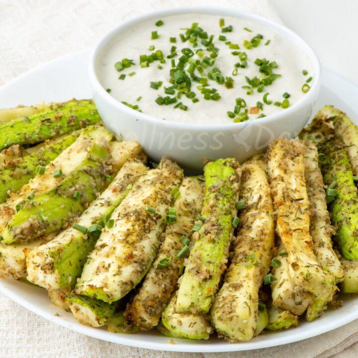 Easy Oil-free Baked Zucchini Sticks