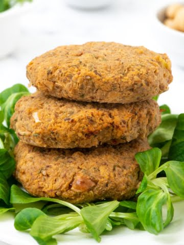 Super healthy whole food plant-based burger patties. High in protein and healthy complex carbs, these vegan patties make a delicious meal that will help you lose weight and maintain optimal health. Enjoy them with some whole wheat bread as a burger or just take them as a snack.