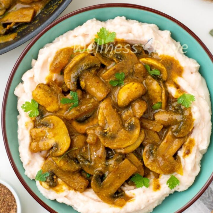 Easy Curry Mushrooms With White Bean Mash
