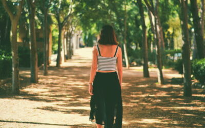 Walking for Weight Loss (9 Steps to Success)